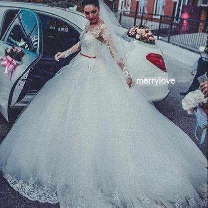 weddings Gorgeous Tulle lace bride ..