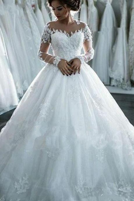 Long Sleeves Appliques Gauze Scoop Neck Ball Gown Wedding DressWedding Dress with Appliques