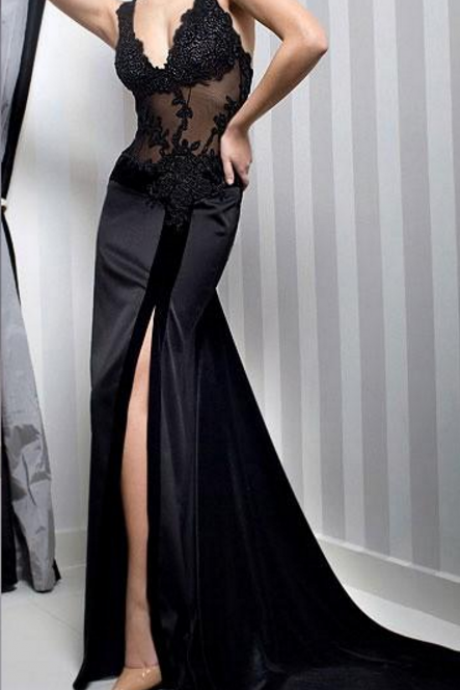 Black v-neck transparent evening gown with sleeveless lace ball gown