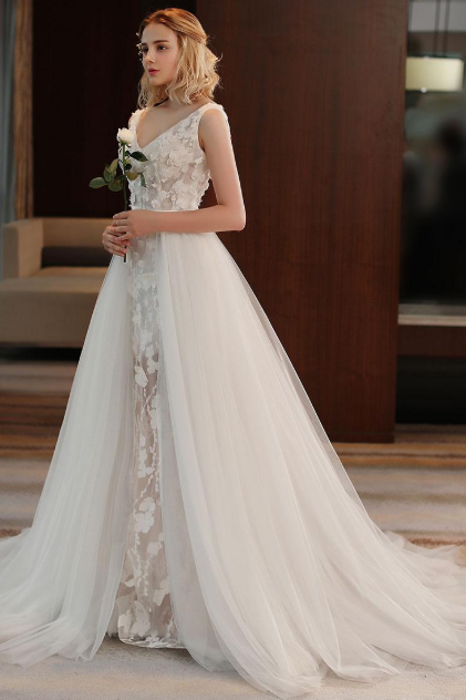 Alluring Tulle & Lace V-neck Neckline A-line See-through Wedding Dress With 3D Flowers & Beadings