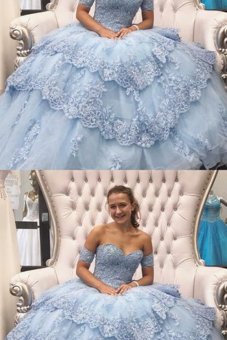 Ball Gown Sweetheart Blue Tulle Quinceanera Dress with Appliques and Beading