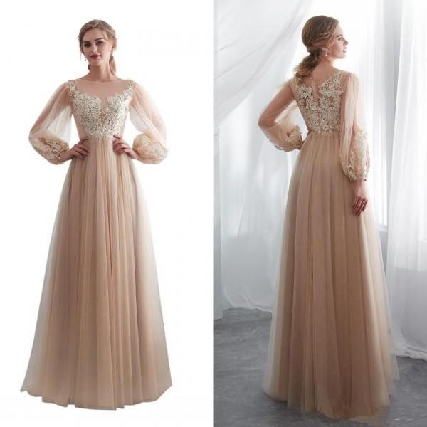 Charming Champagne Long Sleeves Prom Dresses 2018 Country Lace Appliques Floor Length Evening Gowns Back Zipper